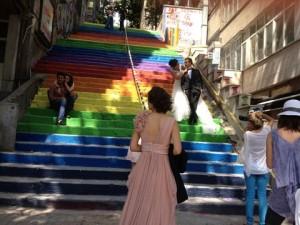 Regenboogtrap in Istanbul.